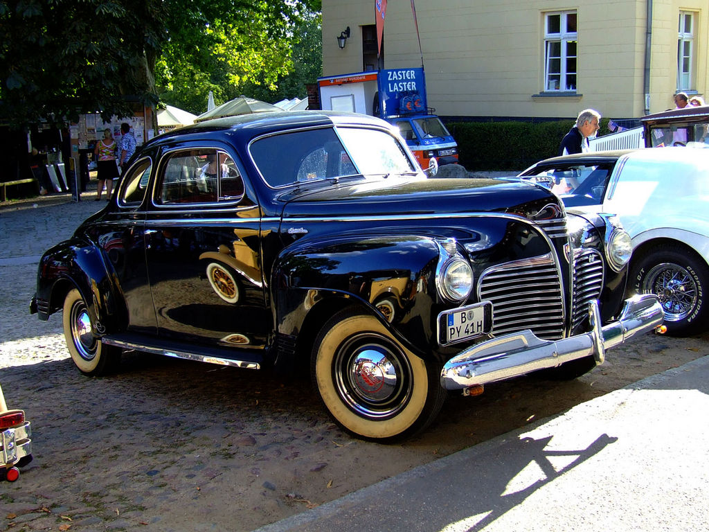 1941-Plymouth-ClubCoupe