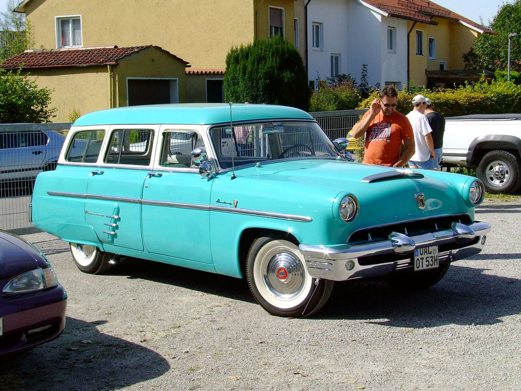 1953-Mercury-Custom-Wagon