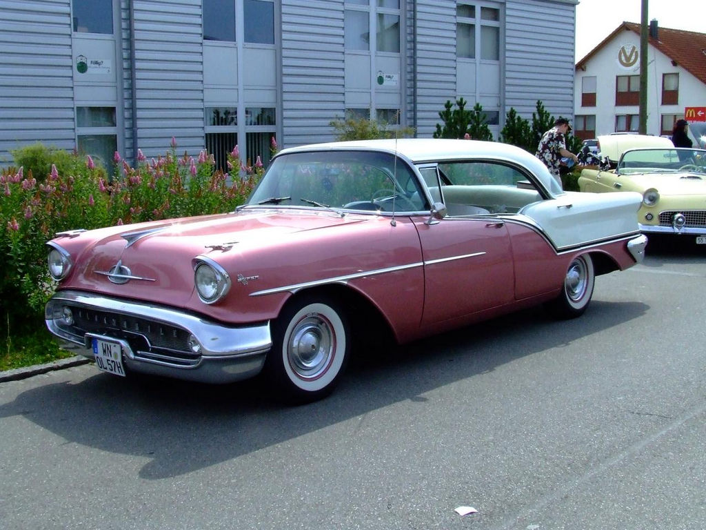 1957-Oldsmobile-Super88